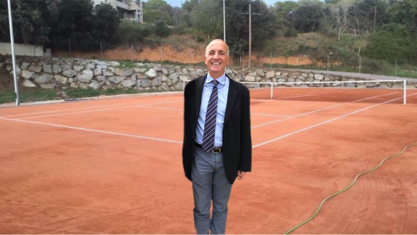 """Acusan al presidente de la FCT de """"marginar"""" a los clubes de tenis de fuera de Barcelona"""