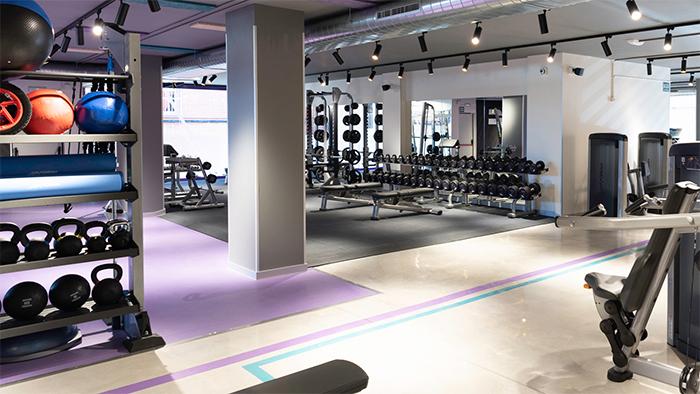 Anytime Fitness introduce en sus gimnasios la terapia por percusión de Theragun e Hyperice