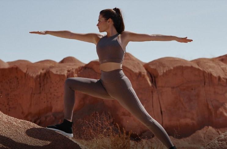 Born Living Yoga se introduce en Scalpers y Women' Secret