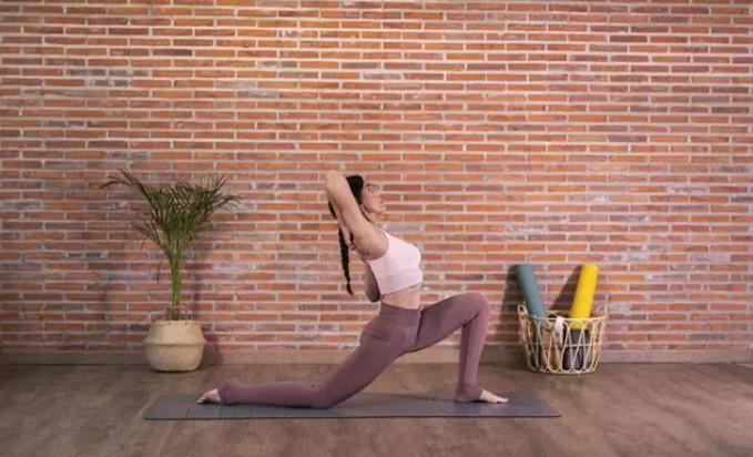 Kimjaly de Decathlon lanza una edición limitada de yoga