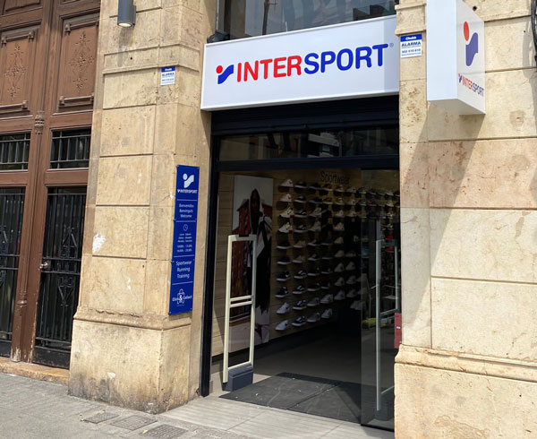 Intersport Quinze dobla su presencia en la provincia de Tarragona