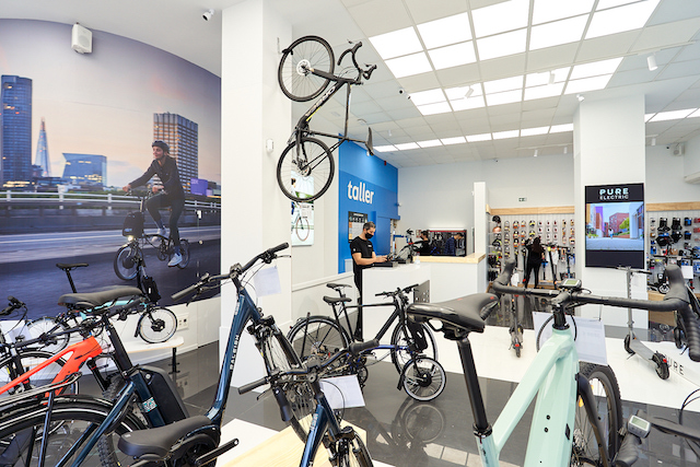 Pure Electric prevé alcanzar las 35 tiendas en España en 3 años