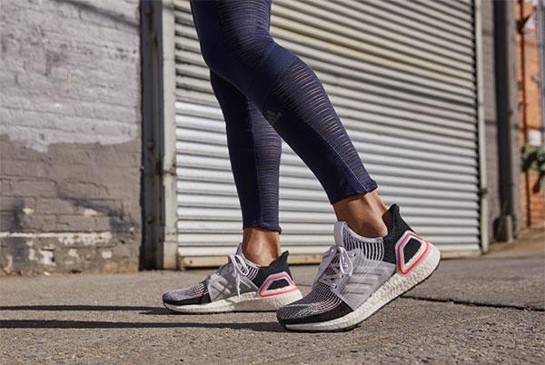 Las tiendas propias y el online impulsan las ventas de Adidas Intl. en el primer trimestre