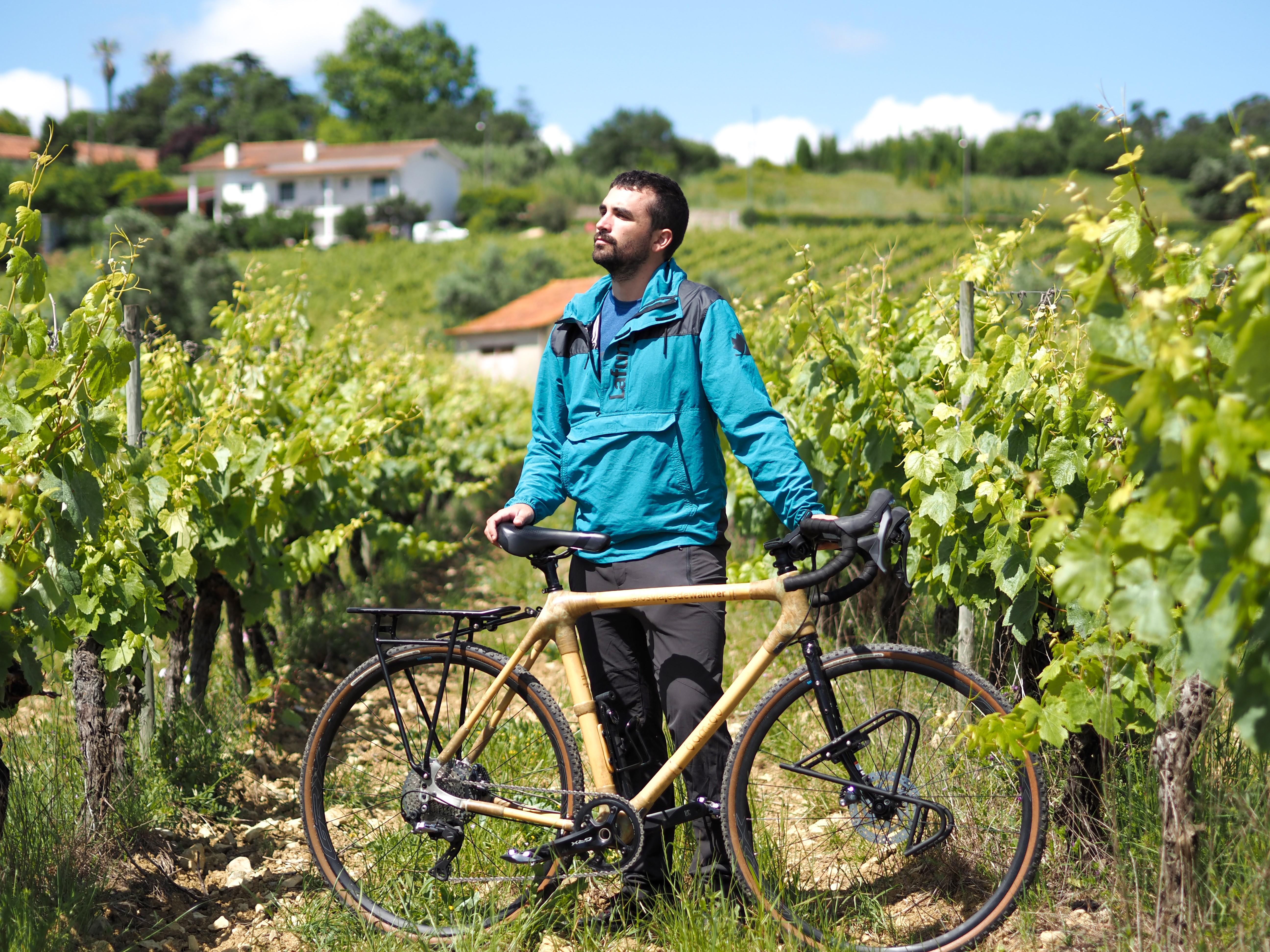 Sergi Unanue recorrerá Europa de punta a punta con una bicicleta de bambú