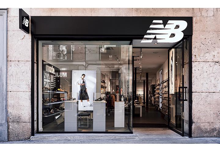 New Balance estrena su nueva tienda en la calle Fuencarral de Madrid