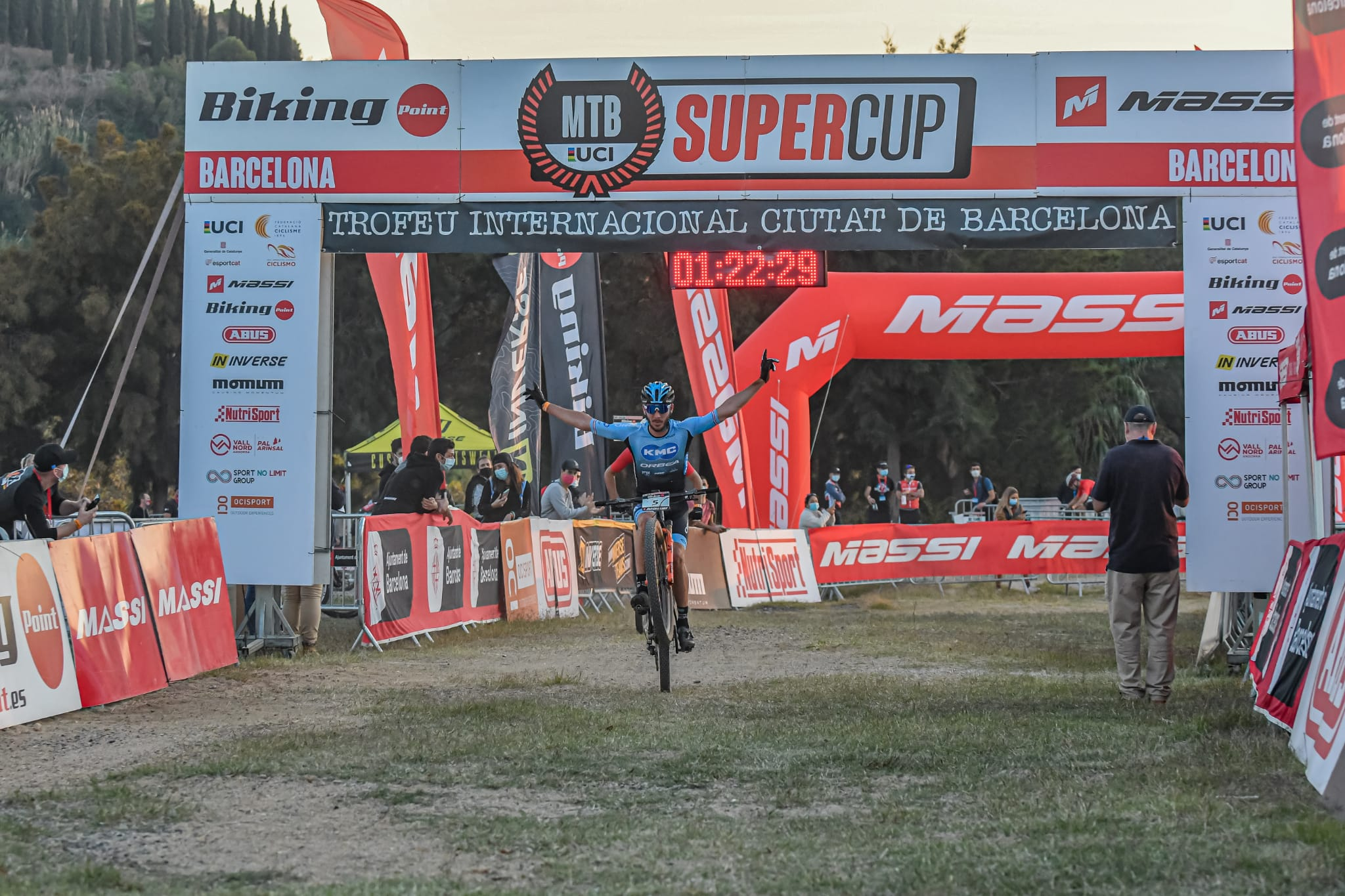 Bosque y Figueras triunfan en la Continental Super Cup Massi de Cala Ratjada