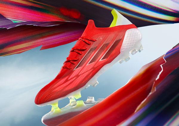Adidas golea a Nike en las búsquedas de botas de fútbol en Internet