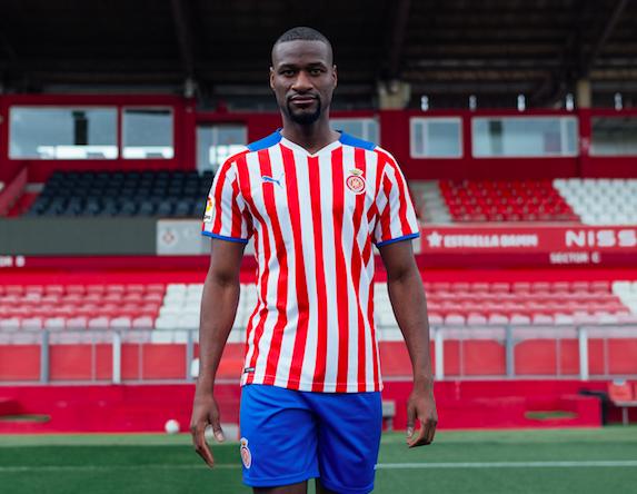 Puma reduce el ancho de las franjas en la camiseta del Girona FC