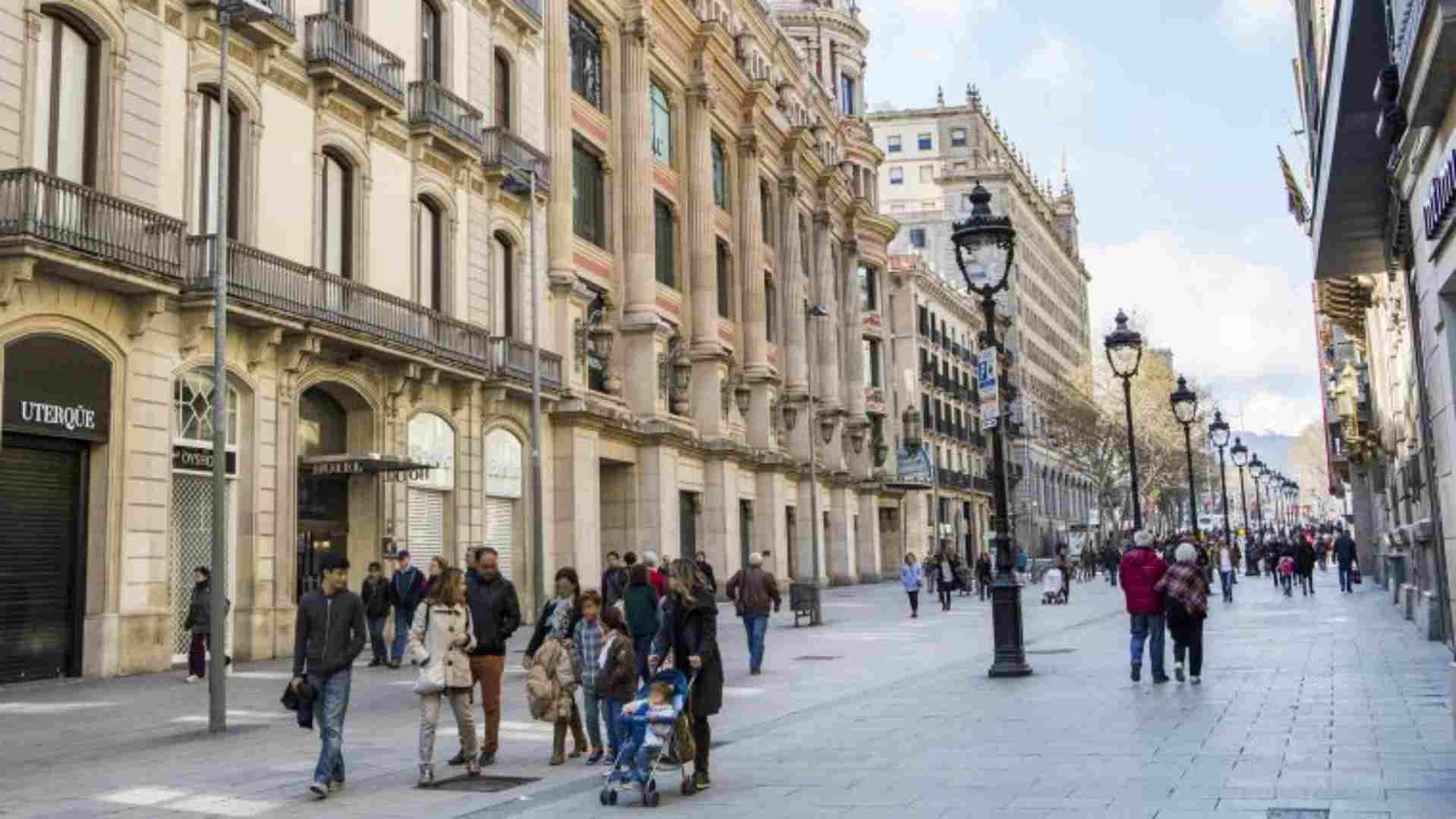 Aumenta el tráfico de peatones en las principales calles comerciales españolas