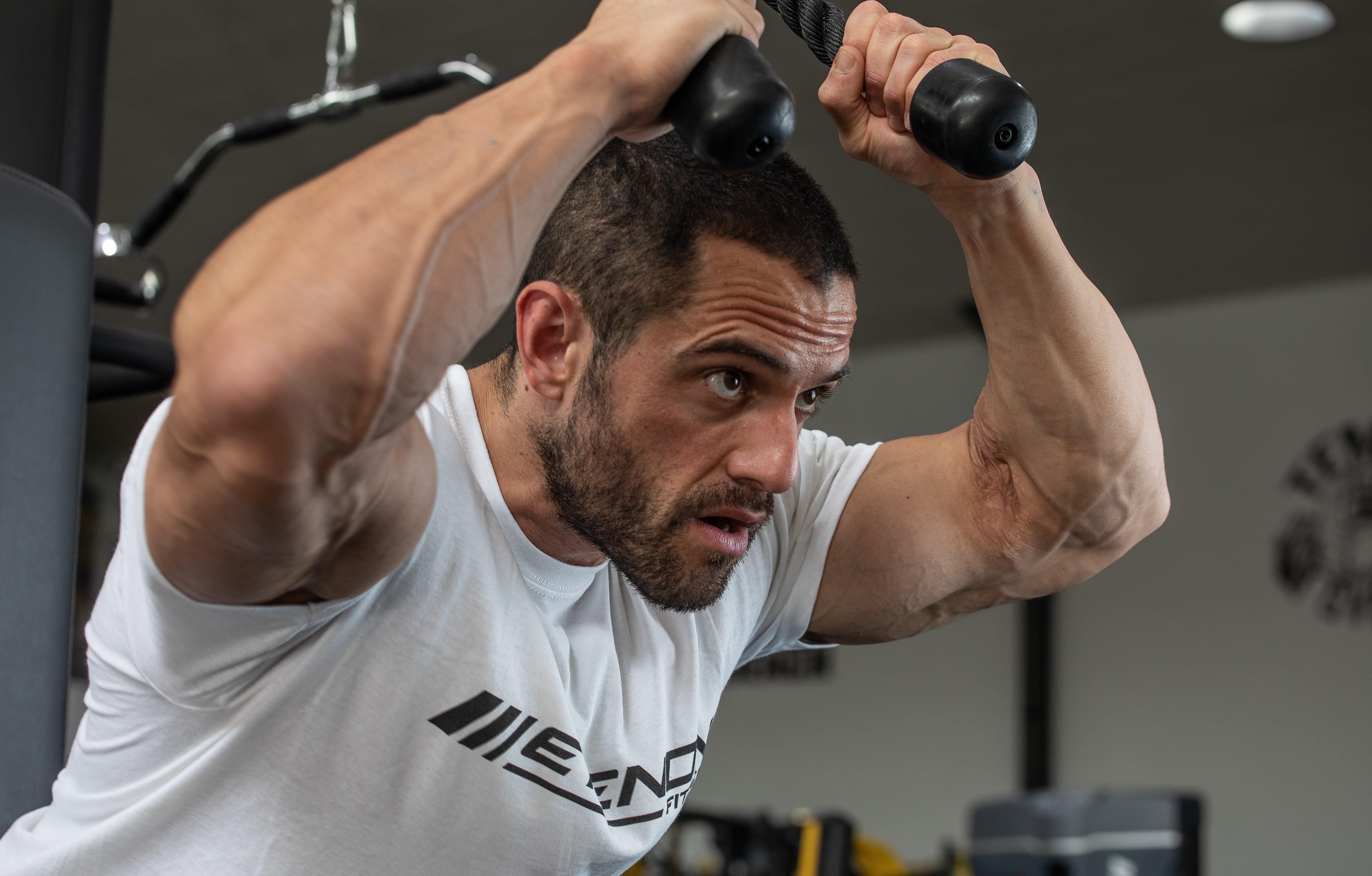 Fonsi Nieto entrena con Etenon Fitness