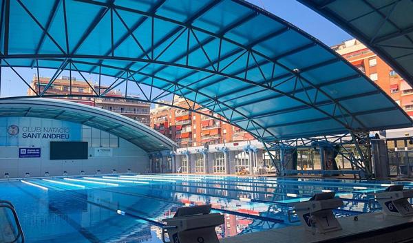 El Club Natació Sant Andreu estrena nueva cúpula y prepara otras tres reformas