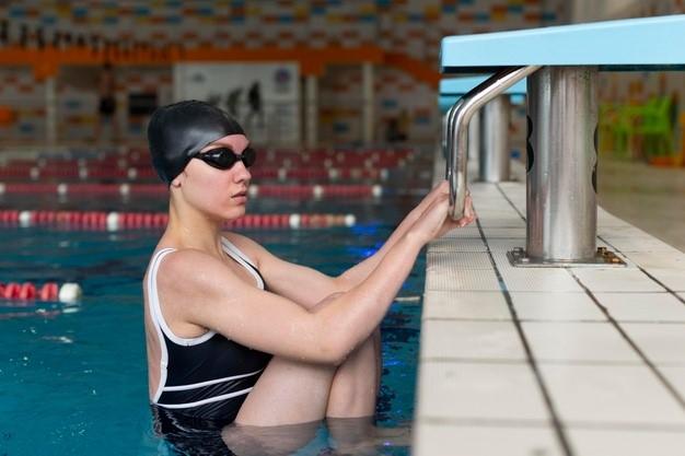 Los fisioterapeutas aclaran 4 mitos sobre la natación