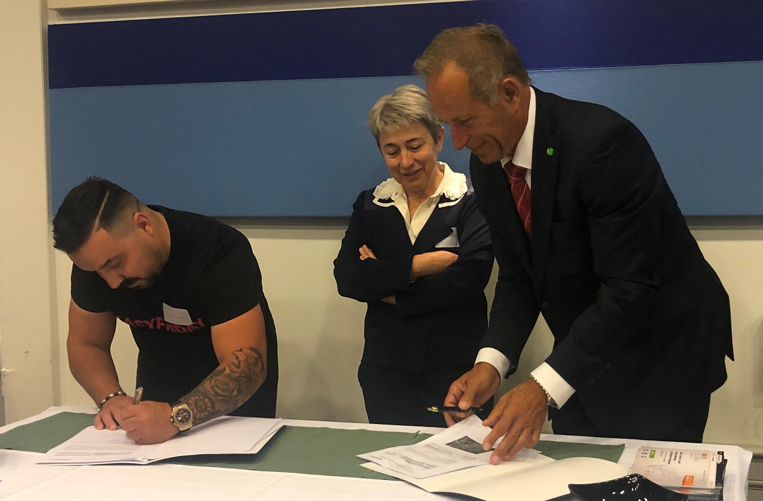 Personal20 firma el contrato para un nuevo gimnasio en Portugal