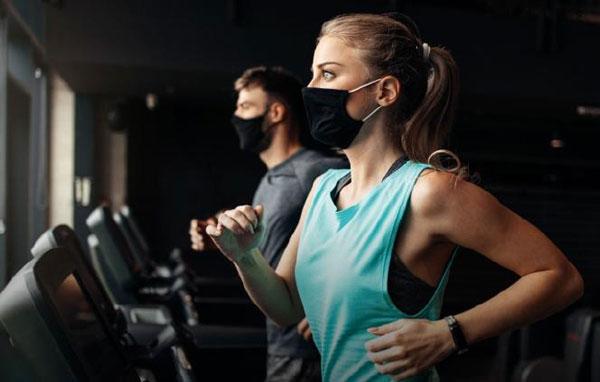 Los gimnasios españoles pierden 28 millones al mes por el efecto disuasorio de las mascarillas