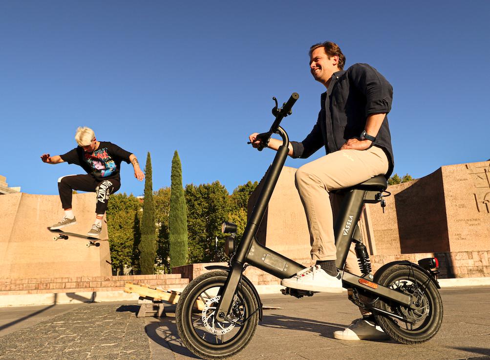 Las e-bikes de Vässla desembarcan en Madrid con su formato de subscripción mensual